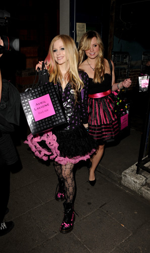 Avril Lavigne's very first signature scent, Black Star, includes pink
