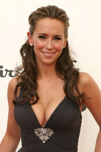 Jennifer Love Hewitt hot wallpapers