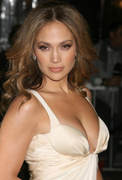 jennifer lopez hair blonde. Jennifer Lopez#39;s hair is
