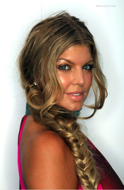 Fergie's bohemian hair style was created by Patricia Morales, Redken session